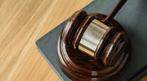Gavel-spotting is new sport for expat Americans in UK, Commonwealth courts